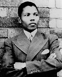 Young_Mandela1937
