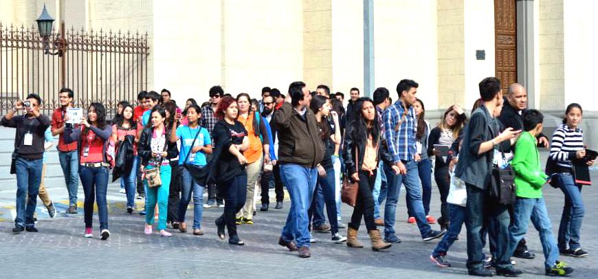 Paseo turístico de congresistas por la Ciudad de Monterrey, N. L.