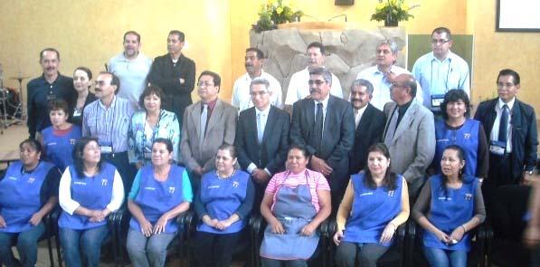 Comité Organizador de la Conferencia 2014 y hermanas cocineras
