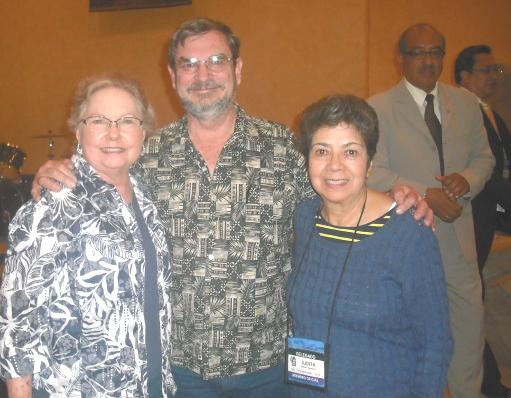 Hermanos Henderson, con Judith A. de Ruiz