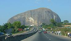 Roca Zuma, monolito famoso