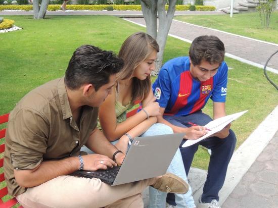 4. UMAD Dia internacional de la juventud a